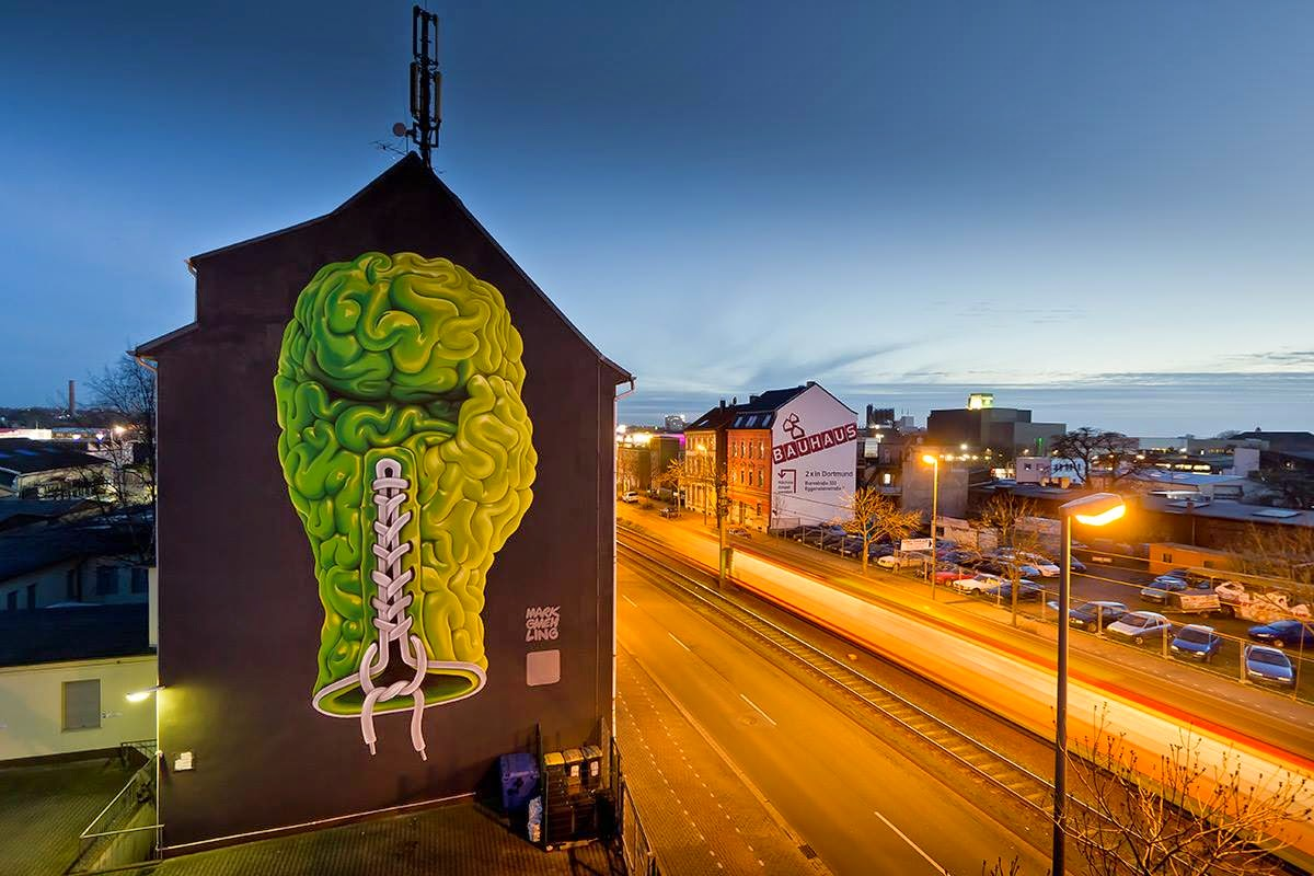 After several days of work, Mark Gmehling just wrapped up a brilliant new piece on the streets  of Dortmund in Germany.