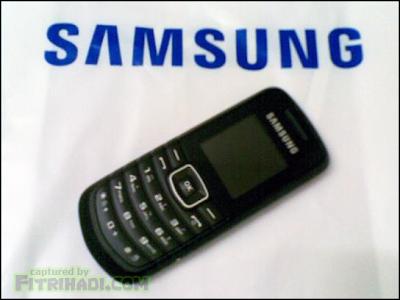 Samsung GT-E1080F - Peganti Sementara Handphone Aku Yang Rosak