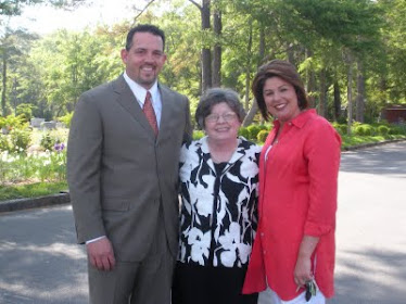 Adrian, Nancy (Mama) Tammy Allen