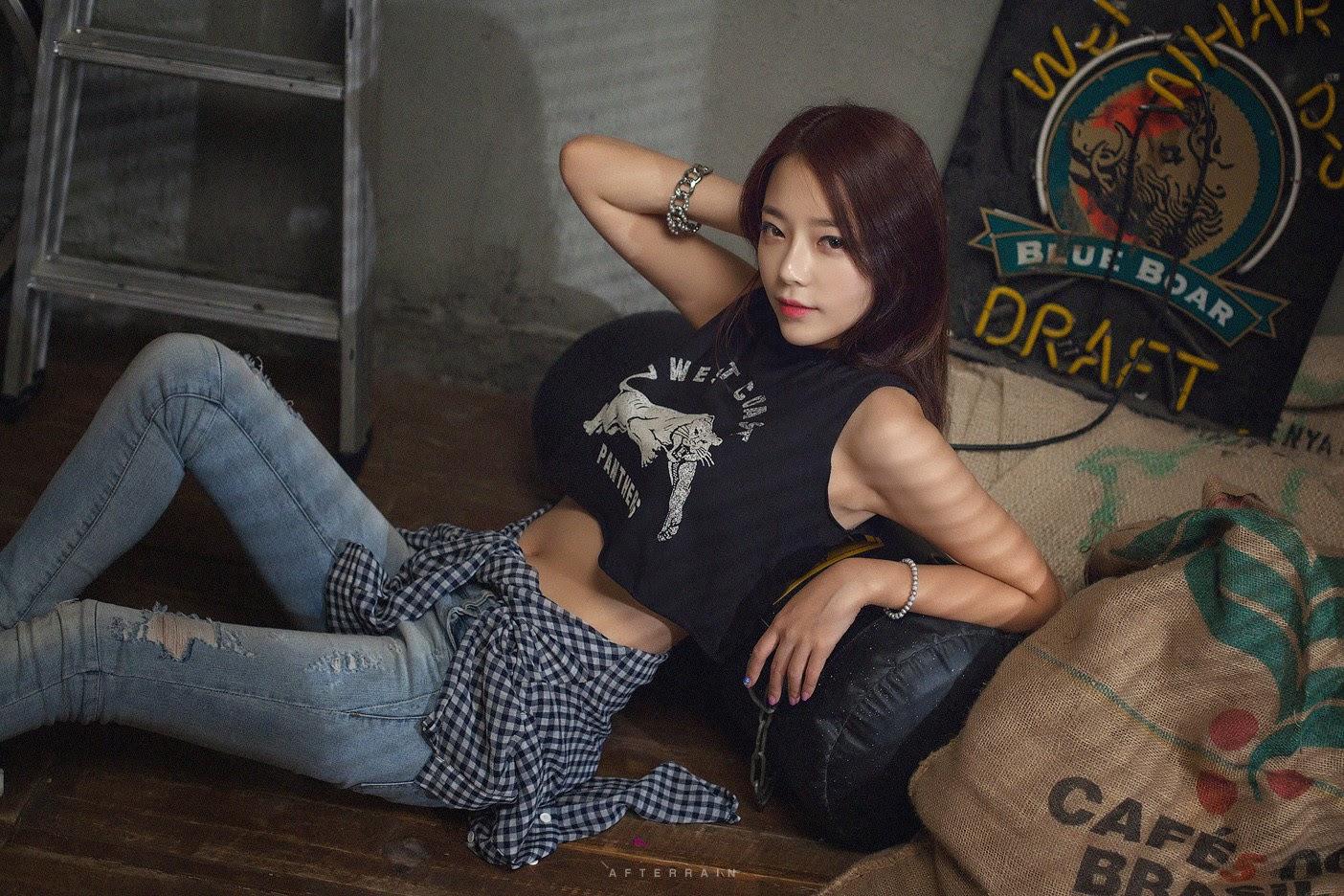 3 The wonderful Ji Yeon in 3 new sets - very cute asian girl - girlcute4u.blogspot.com