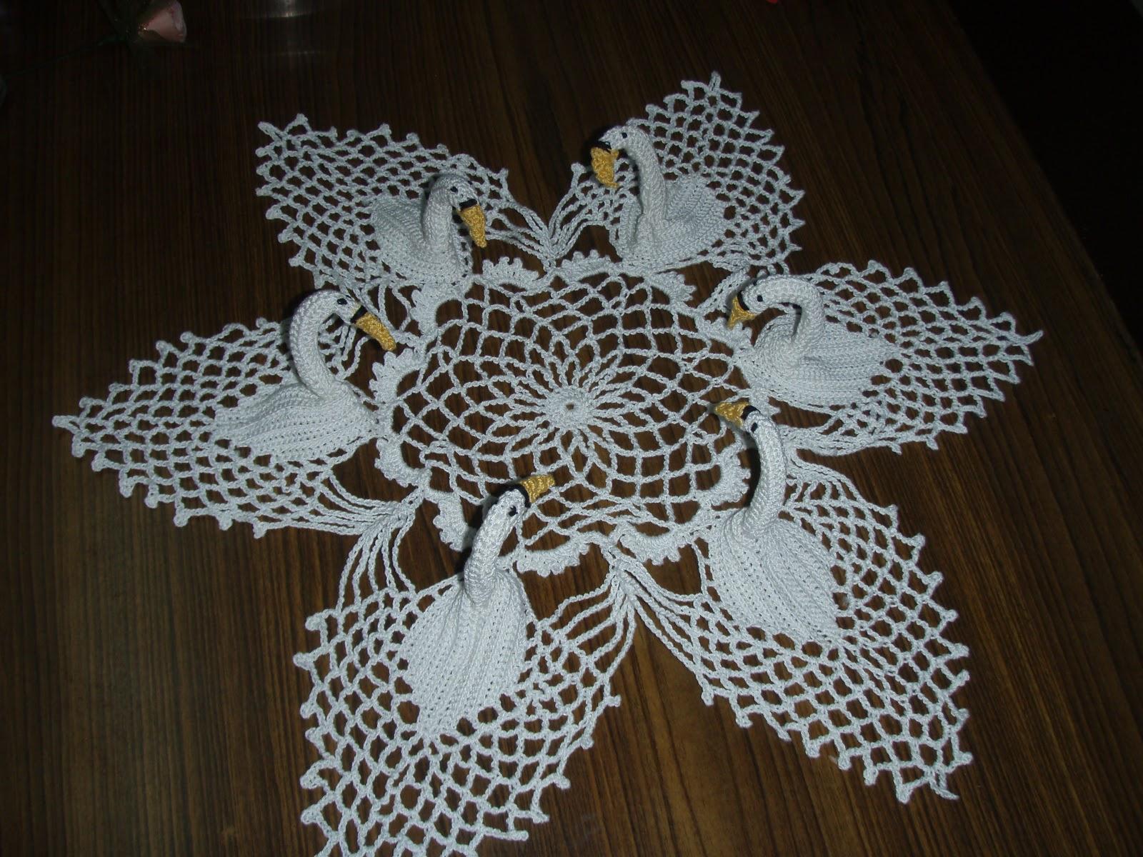 Trico y crochet madona m a centro de mesa modelos for Centro de mesa a crochet