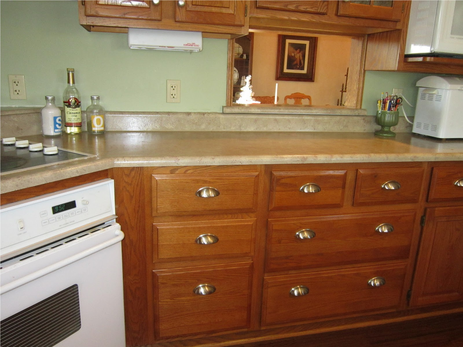 Kammy's Korner: Mom's Gorgeous Painted Countertops