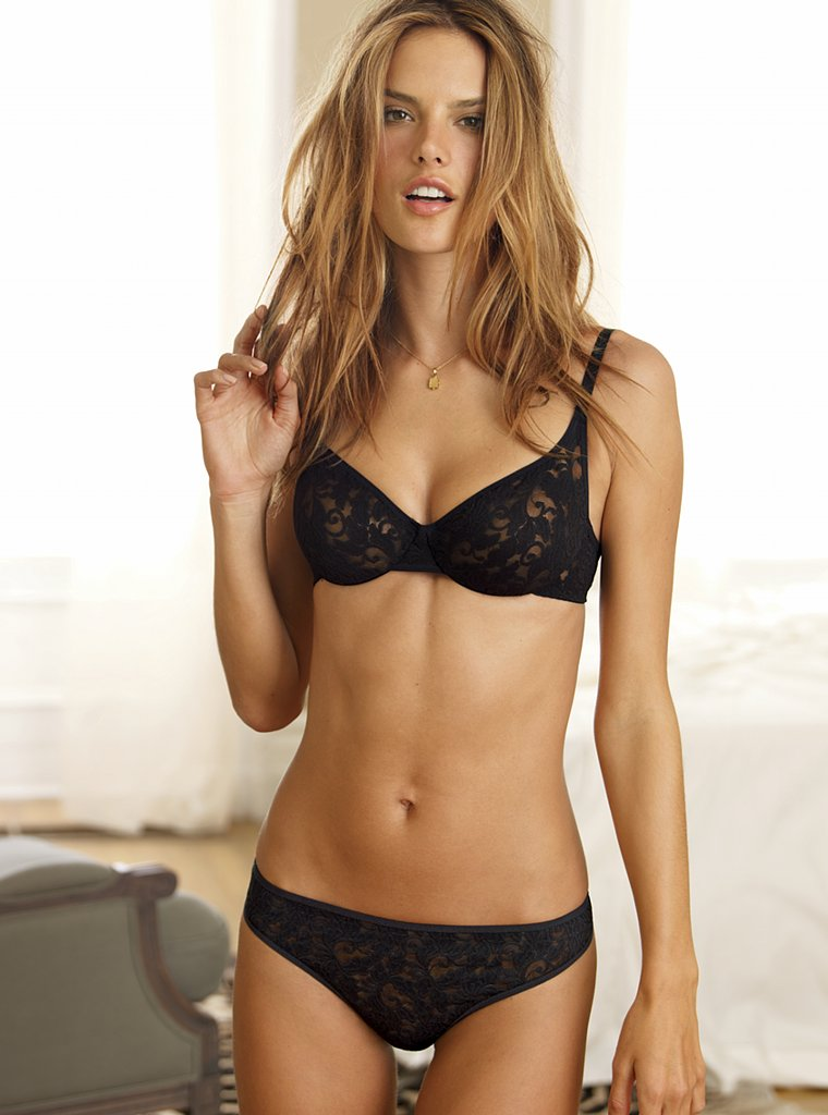 Alessandra Ambrosio ( Victoria's Secret lingerie ...