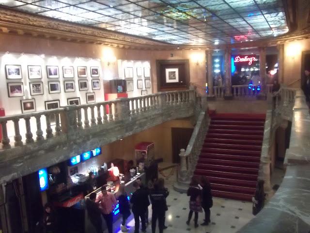 teatro rialto madrid mas de 100 mentiras musical sabina