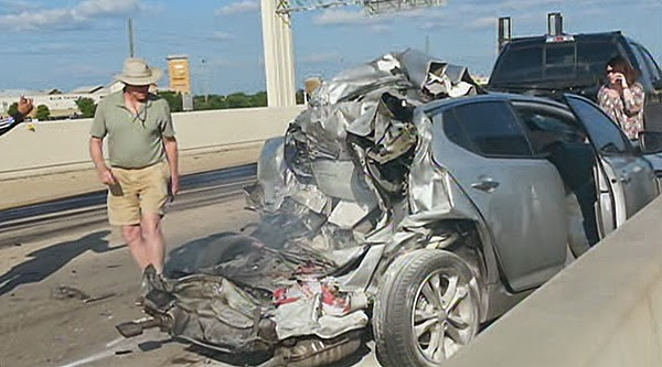 cell phones and car accidents essay Today's american culture relies heavily on the use of cell phones essays related to the use of cell phones 1 increased number of automobile accidents.