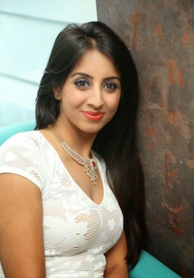 Sanjjanaa at The Sapphire Spa Event Gallery