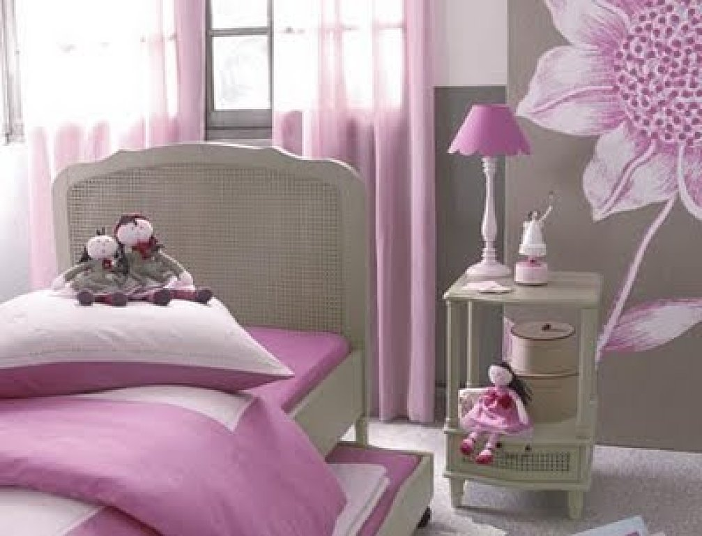 pintura y madera el color del mes julio rosa flor de papel. Black Bedroom Furniture Sets. Home Design Ideas