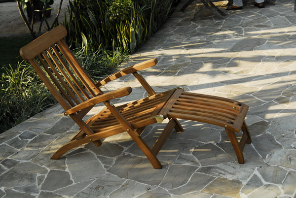 Teak Lounger of TEAK 123 Best Teak Garden Furniture Manufacturer Wholesale in Indonesia