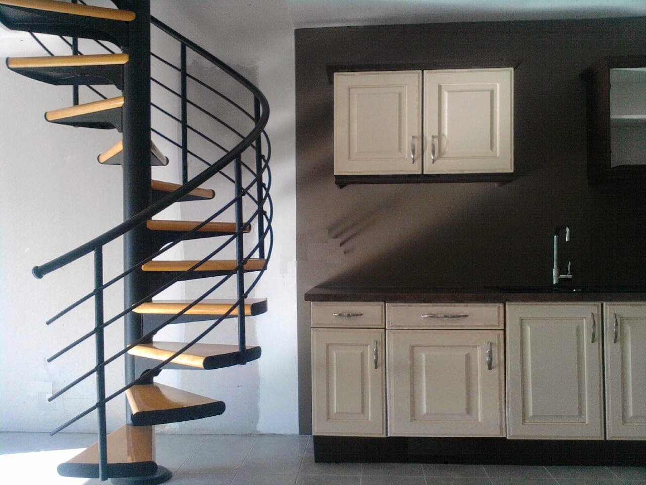 Space saving stairs designs for small homes stairs designs - Modelos de escaleras interiores ...