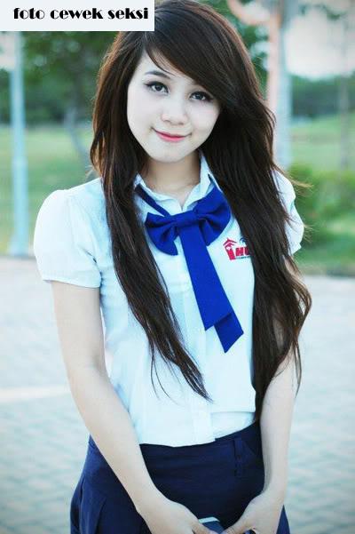 Cewek Korea Cantik dan Manis