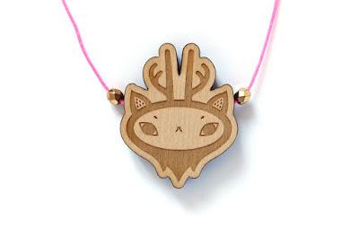 http://www.lesfollesmarquises.com/product/pendentif-mini-creatura
