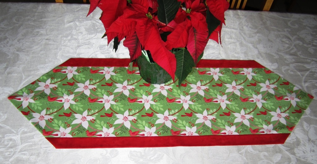 table runners and potholders on pinterest quilted table