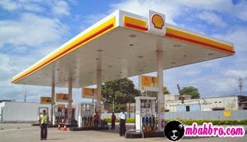 salah satu pom bensin Shell