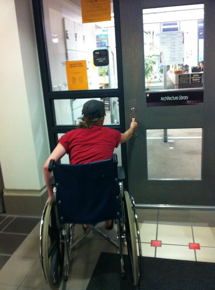 Wheelchair door wheelchair accessible compartment for Wheelchair accessible doorways