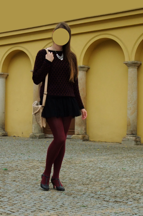 ootd, outfit, Georgiana Quaint, quaintrelle, bordeaux, black, Tamaris, T-strap shoe, tulle skirt, C&A, CCC