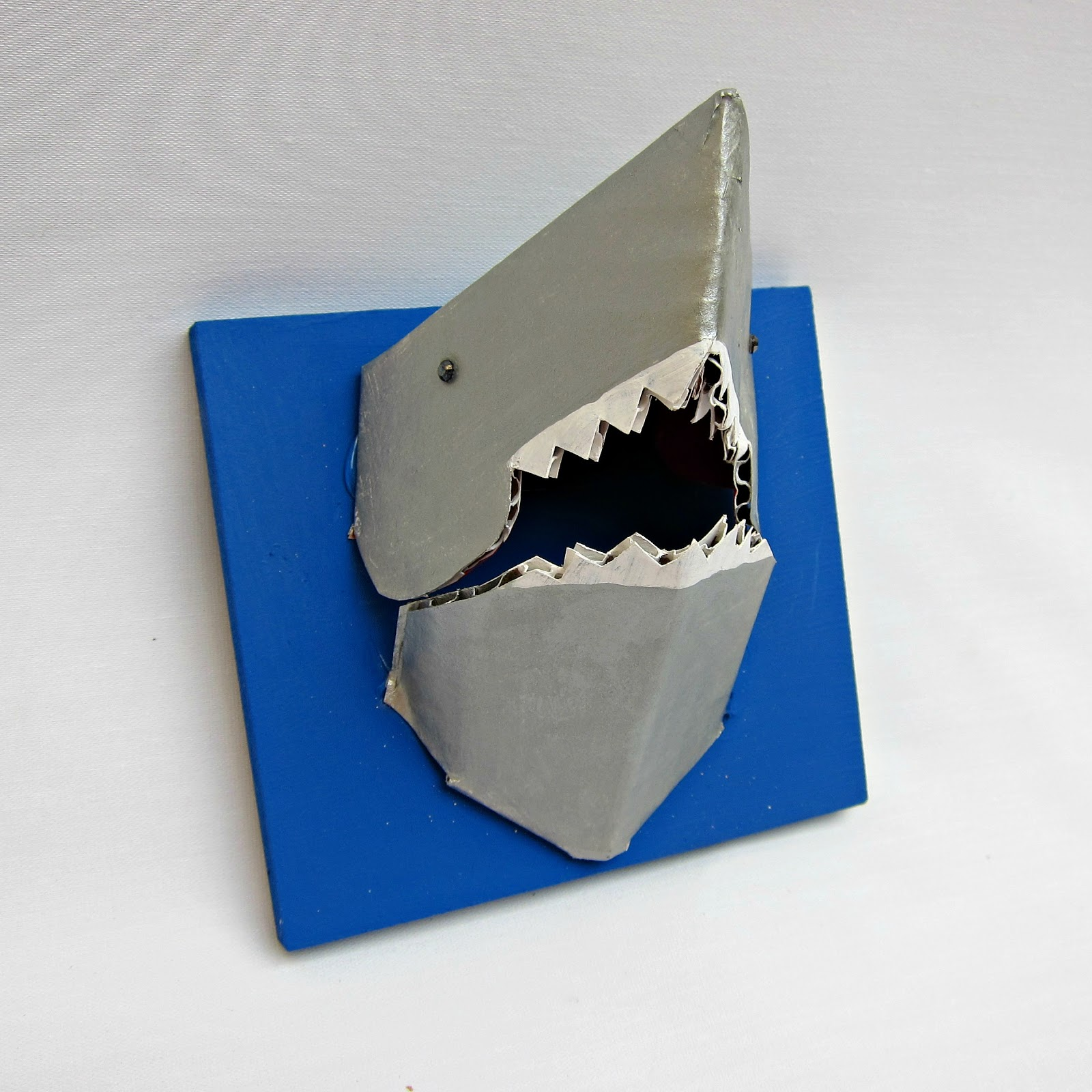 how to make a 3d shark out of paper
