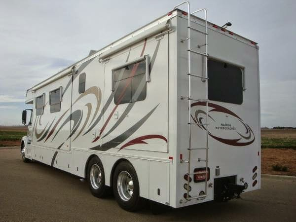 Used rvs 2011 haulmark toterhome for sale by owner for Motor home for sale by owner