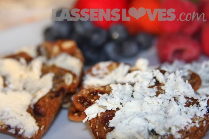 lassensloves.com, Lassen's, Lassens, Team+Member+Spotlight, raincoast+crisps, Drake+Family+Farm+cheese