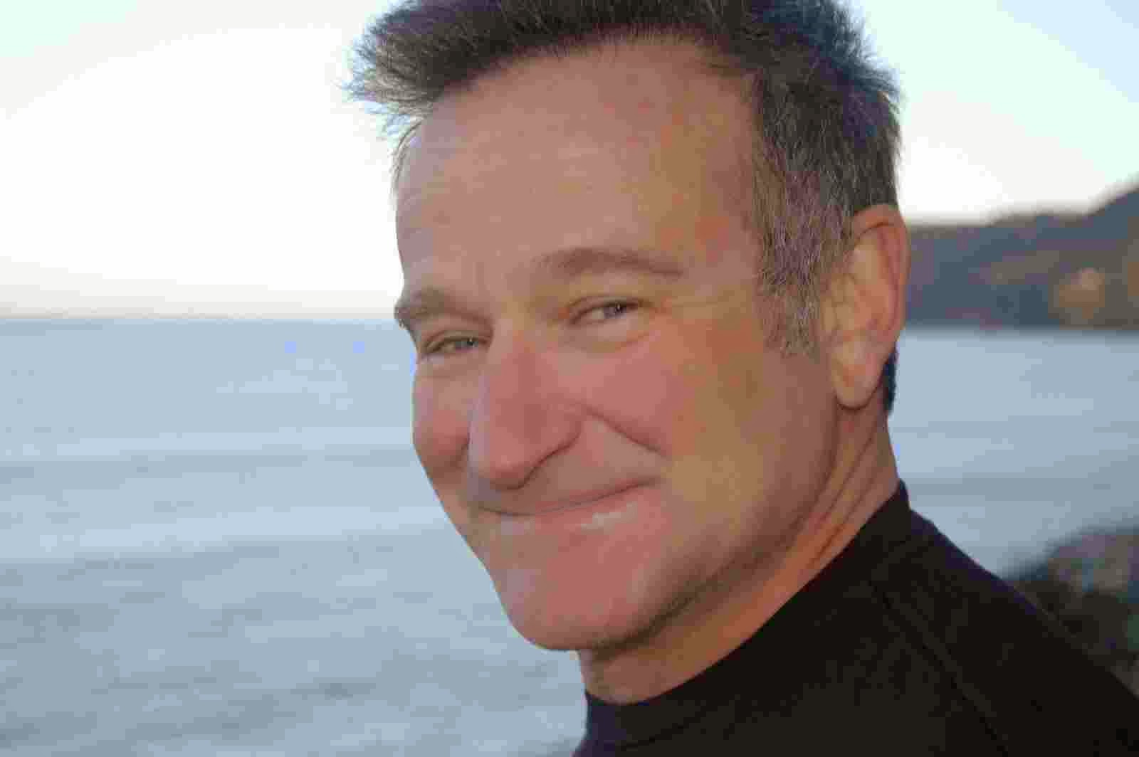 Photo of Robin Williams from the public domain.