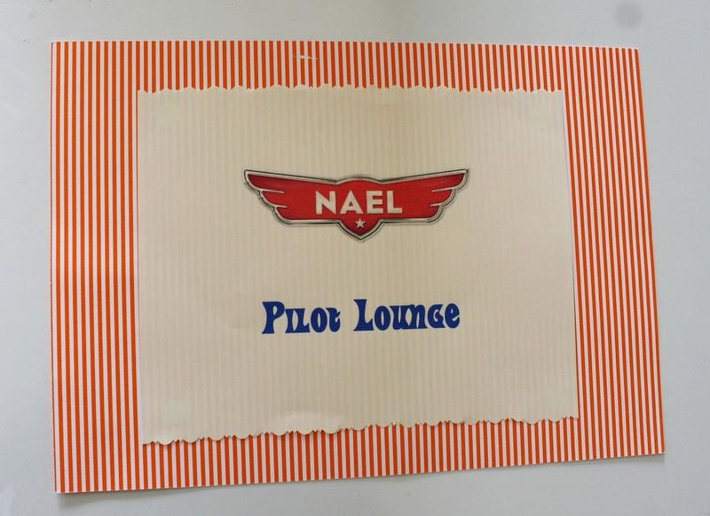 Pilot lounge sign
