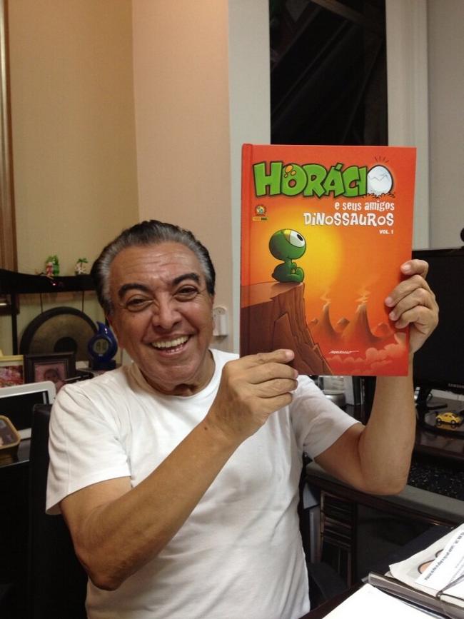 http://4.bp.blogspot.com/-EPozbcaL5X4/USv9NJ5D3yI/AAAAAAAATOM/IzHA4Wzz5Og/s1600/Livro+Horacio+foto.png
