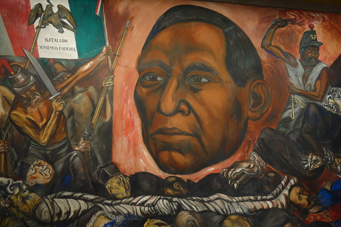 Travels of a retired teacher art in chapultepec castle for Benito juarez mural