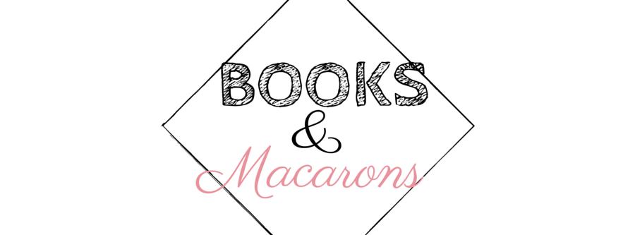 Books&Macarons