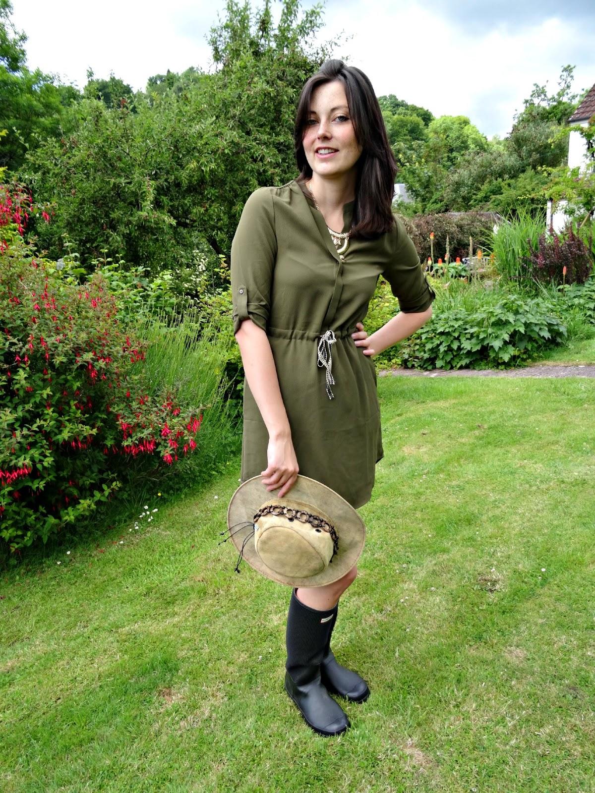 Glastonbury festival wear green coloured shirt dress