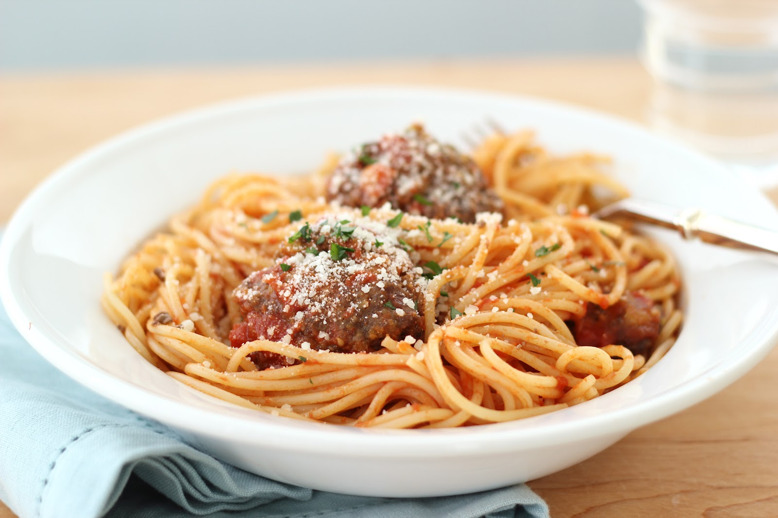 Shorely Chic: BEST SPAGHETTI AND MEATBALLS