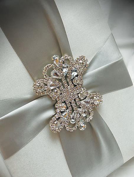 Elegant and Romantic Invite in a box