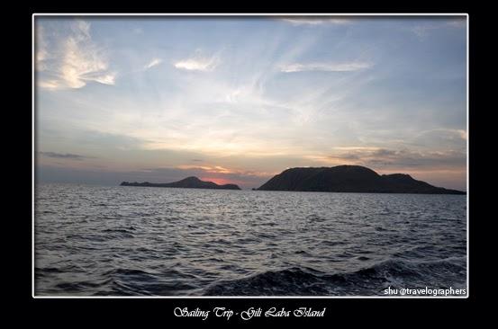 sailing trip, living on board, live aboard, lombok, sumbawa, dompu, komodo, flores, labuan bajo, sunrise