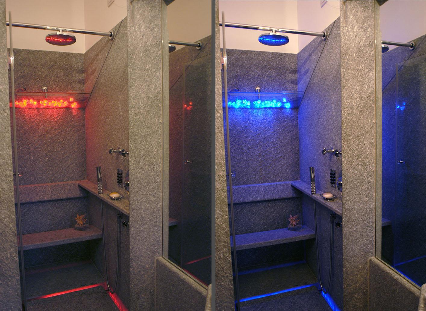 Illuminazione led casa illuminazione led multicolore rgb - Doccia con led colorati ...