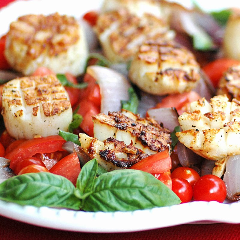 Grilled Scallops Caprese