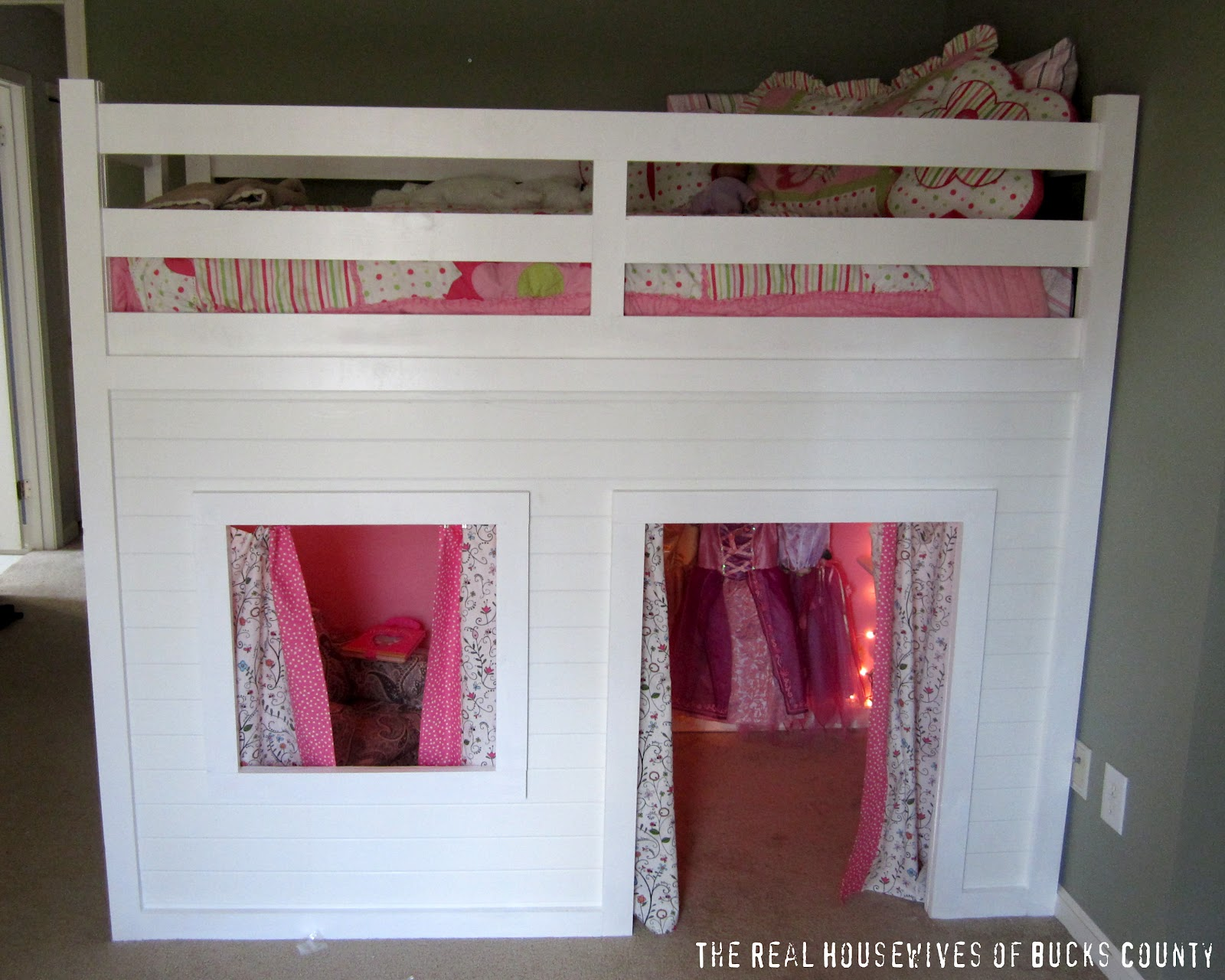 Playhouse Loft Bed {Little Girl's Room} - East Coast Creative Blog