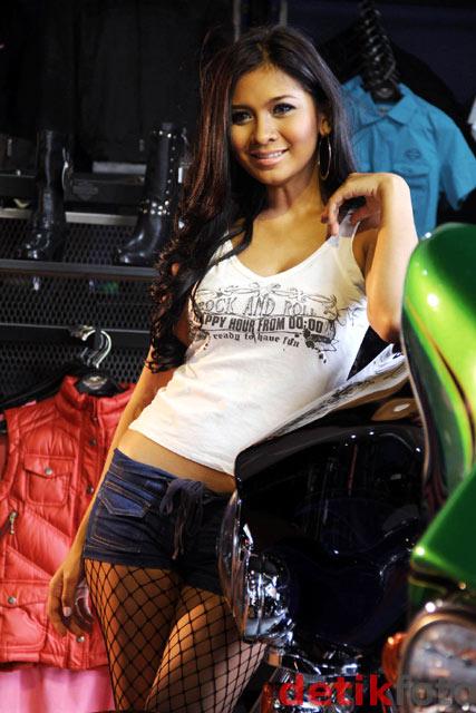 Foto Putri Anggraini