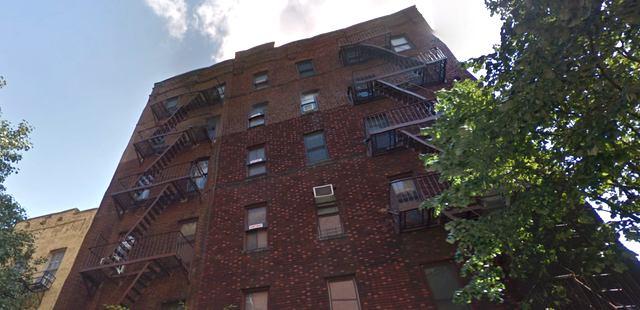 04-David-Puchkoff-Eileen-Stukane-Architecture-Cottage-on-a-Rooftop-in-Manhattan-New-York-www-designstack-co