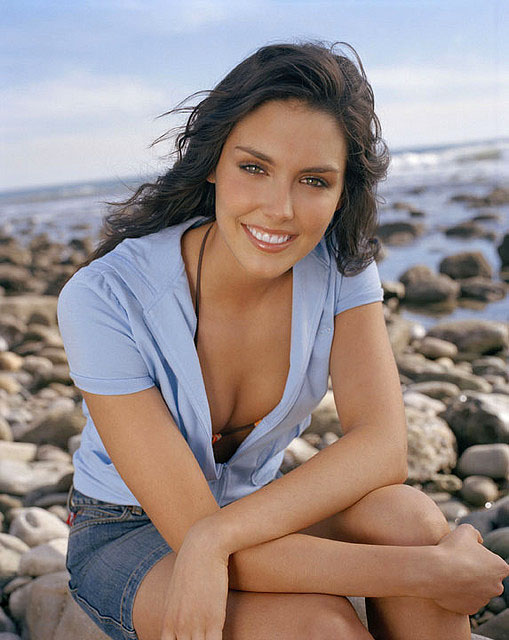 Taylor Cole Hot