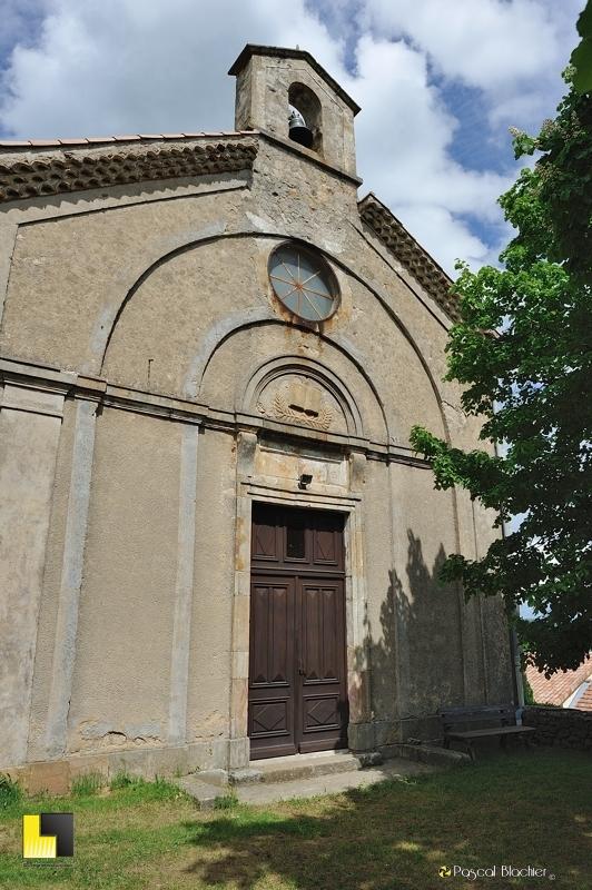 la chapelle de saint michel de chabrillanoux photo pascal blachier