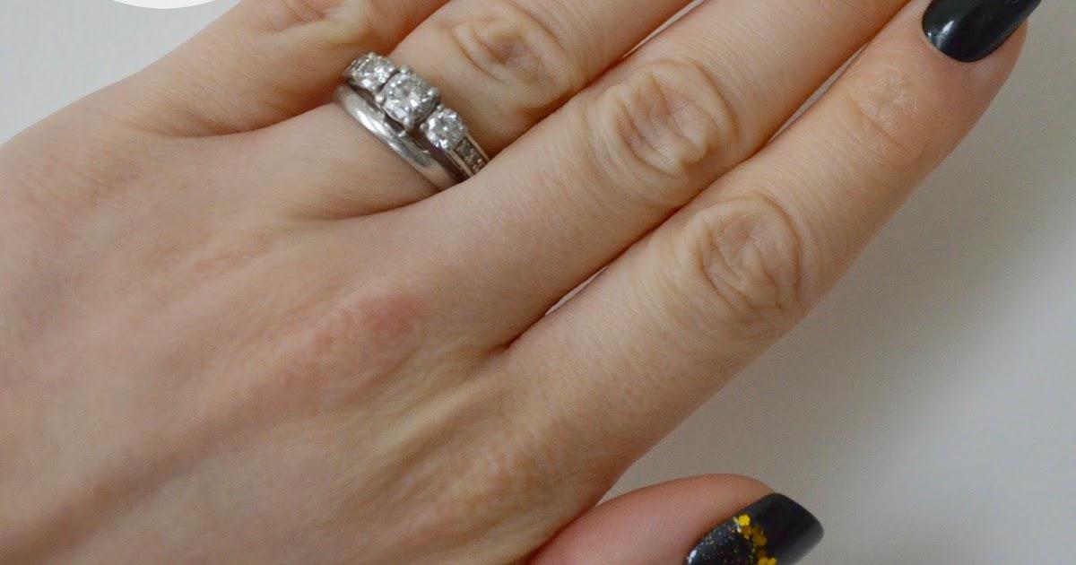 Jade Wedding Ring 45 Vintage Mani Monday My NYE