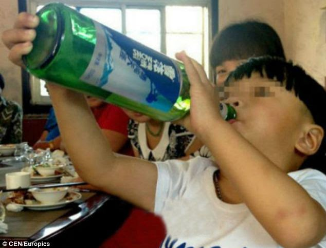 World's youngest alcoholic in China