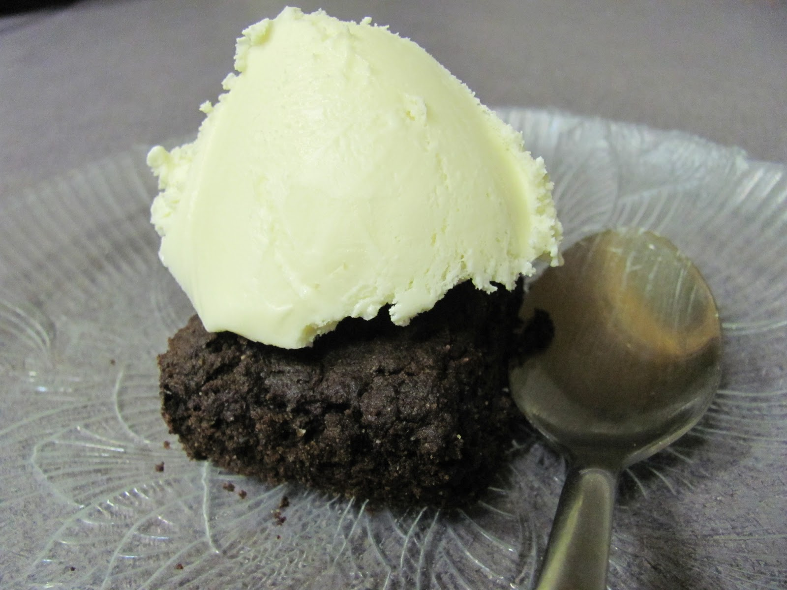 Fauxreos - Low-Carb Gluten-Free Brownies | Utter Nomsense