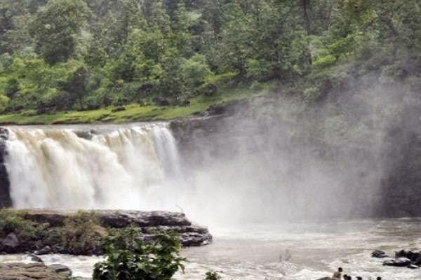 Gira falls, Waghai