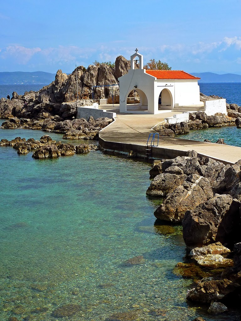 The 10 best wedding locations in greece weddings in for Best wedding locations in us