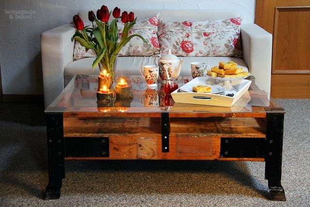 homemade and baked food blog werbung mein neuer tisch von weinkisten24. Black Bedroom Furniture Sets. Home Design Ideas