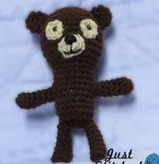 http://translate.google.es/translate?hl=es&sl=en&tl=es&u=http%3A%2F%2Fjuststitched.blogspot.com.es%2F2013%2F04%2Ffree-pattern-barnaby-oliver-bear.html