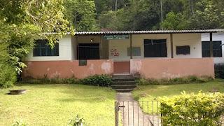 Creche comunitária Gente Pequena na comunidade do Campo Grande/Posse- Teresópolis foi desativada e aguarda nova sede