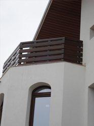 balustradă din lemn