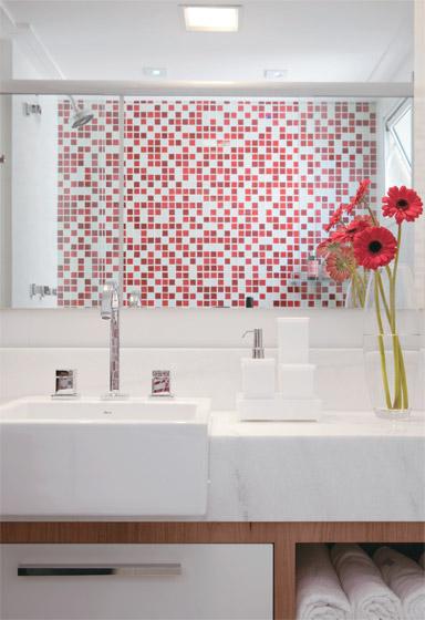 REFORMA É TUDO DE BOMLENEKARMO Banheiro Preto e Branco,Vermelho,Verde,C -> Banheiro Pequeno Decorado Verde