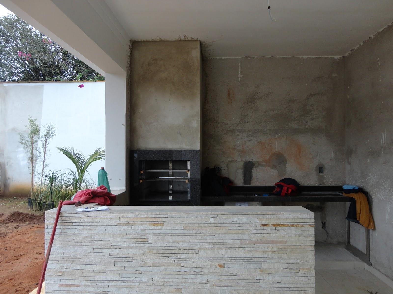 café imperial na bancada da pia e cook top e moldura da churrasqueira  #80574B 1600x1200