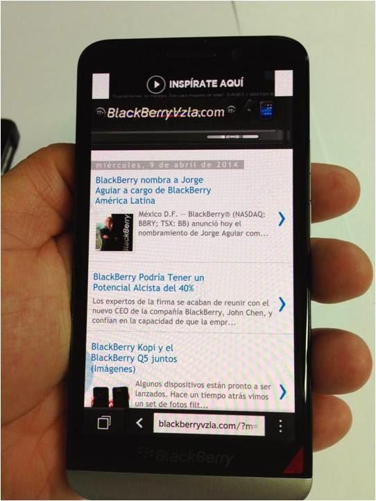 """""""El Z30 es el BlackBerry que todos queremos y lo que buscamos es un Smartphone: autonomía de 25 horas, una súper antena para disfrutar de la mejor recepción y pantalla de 5 pulgadas para disfrutar mejor de contenidos de vídeo, fotografías y disfrutar de su navegador que si visualiza flash"""" Los BlackBerry Z10, Q10 y Q5, necesitan de una nueva pila que se equipare con la del Z30 con Li-Ion 2880 mAh y se obtenga un rendimiento de hasta 25 horas en 2G y de hasta 18 horas en 3G. """"Tras compra un Smartphone, la gente se queja de la"""
